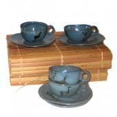 Xícaras de café na caixa de Buriti