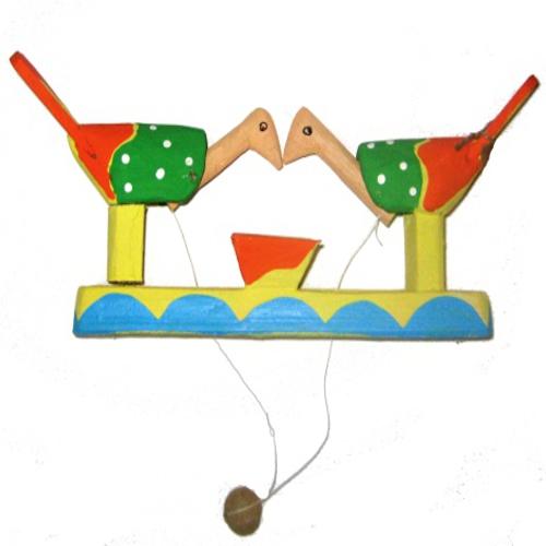 """Brinquedos de Miriti -"""" come-come"""" – PA"""