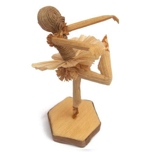 Bailarina – palha de milho- ES